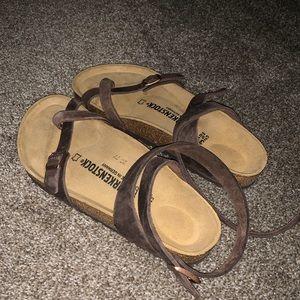 BRAND NEW Birkenstock Yara Sandal